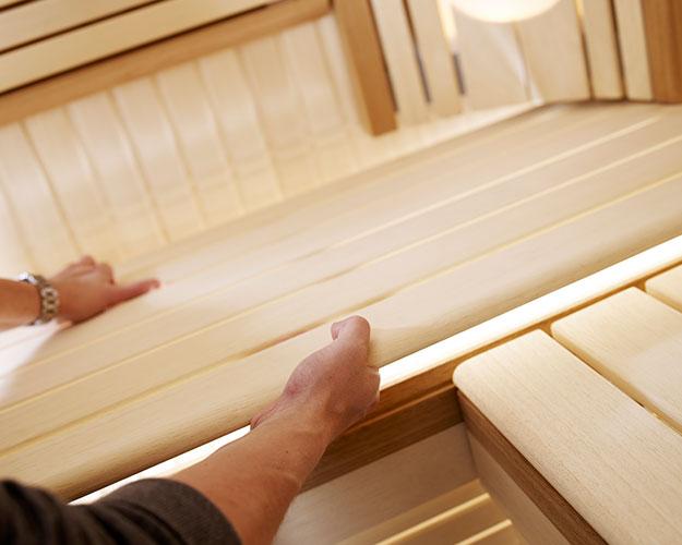 Дървен материал & Врати за сауни